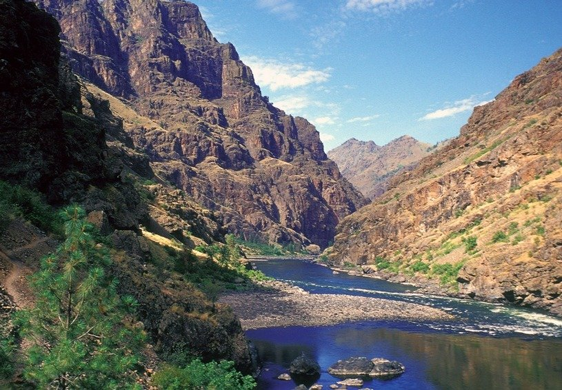 iStock_hells_canyon_byNormanEder