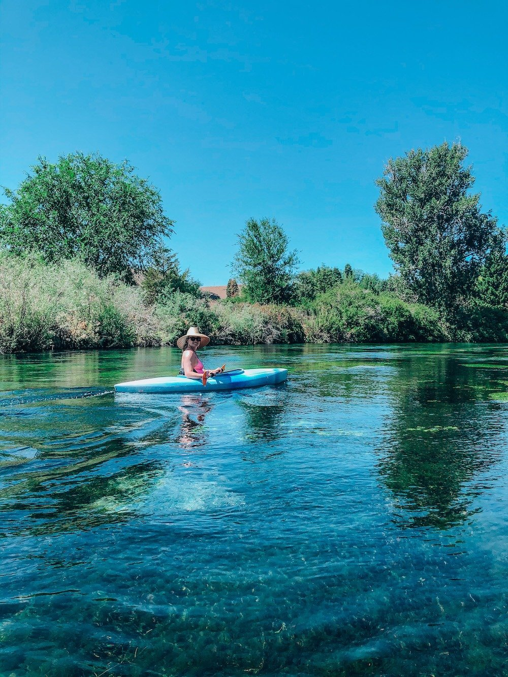 kayaking to Ritter island